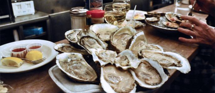What to Sip While You Slurp: A Guide to Drink and Oyster Pairings
