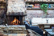 Wine Bar | Stay Cozy: 7 New York Bars With Great Fireplaces
