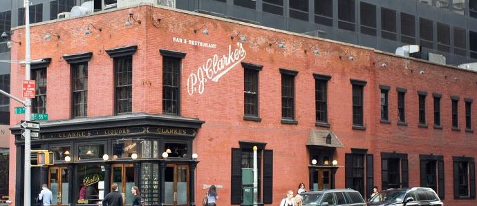 Relive History at the Oldest Surviving Bars in New York City