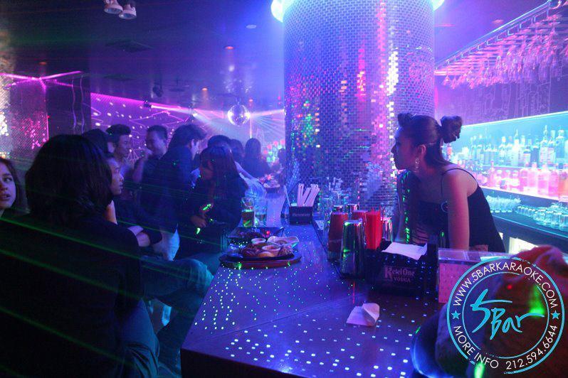 5 bar karoke drink nyc the best happy hours drinks bars in new york city. Black Bedroom Furniture Sets. Home Design Ideas