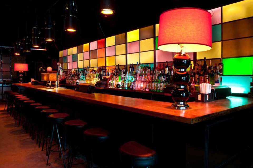 Industry Drink Nyc The Best Happy Hours Drinks Amp Bars